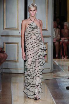 Vogue Online, Giorgio Armani, Formal Dresses, Fashion, Dresses For Formal, Moda, Formal Gowns, Fashion Styles, Formal Dress
