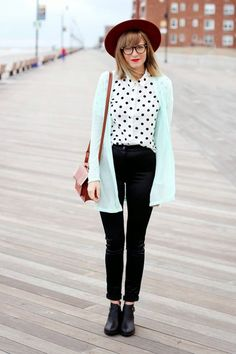 40 Cool and Classic Indie Outfits For Teens - 12