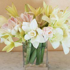 winter wedding floral arrangement