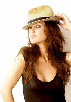 minka+kelly | Minka Kelly Photos - Minka Kelly Picture Gallery 1
