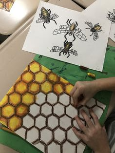 Elements of the Art Room: Beautiful grade Beehives! You are in the right place about Art Education Here we offer you the most beautiful pictures about the Art Education preschool you are looking f Arts And Crafts For Teens, Art And Craft Videos, Art For Kids, 3rd Grade Art Lesson, Third Grade Art, Grade 3, Spring Art Projects, School Art Projects, Teen Art Projects