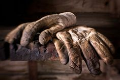 old leather work gloves in use Brown Leather Gloves, Custom Leather, Vintage Decor, Lion Sculpture, Victoria, Photography, Image, Meatball, Workwear