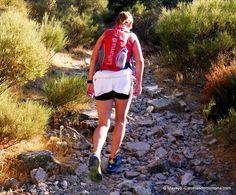 Mochila trail running Lafuma cinetik5pro. (5L/375gr/60€) Análisis y prueba de campo por Memphis. Info completa aquí: http://carrerasdemontana.com/2012/07/25/lafuma-cinetik-5-pro-mochila-hidratacion-trail-running-analisis-y-prueba-de-campo-por-memphis/#