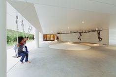 Galería de Jardín Infantil y Guardería AM / HIBINOSEKKEI + Youji no Shiro - 12