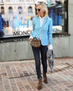 Best Fashion Tips For Women Over 60 - Fashion Trends 60 Fashion, Over 50 Womens Fashion, Fashion Over 50, Grunge Fashion, Fashion Outfits, Fashion Trends, Winter Fashion, Preppy Mode, Preppy Style