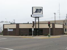 RCU's (Royal Credit Union) Downtown Office  - 215 Bay Street  - Chippewa Falls, WI 54729 - 1-800-341-9911