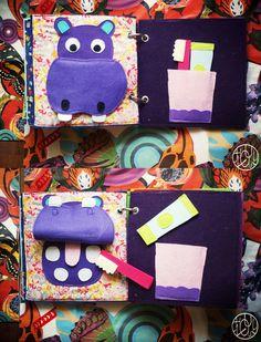 Un livre en tissu pour ses 2 ans - DIY Gifts Wedding Ideen Diy Quiet Books, Felt Books, Montessori Activities, Infant Activities, Diy Wedding Gifts, Diy Gifts, Diy For Kids, Crafts For Kids, Baby Couture