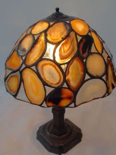Unique-Hand-Crafted-Agate-Table-Lamp