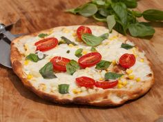 As Seen on the Kitchen: Corn and Tomato Pizza