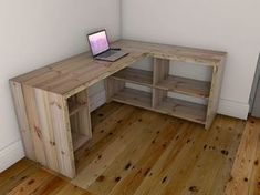 Reclaimed wooden desk and work station. Made from Victorian floor joists. Diy Office Desk, Diy Computer Desk, Diy Desk, Home Office Desks, Home Office Furniture, Corner Desk Diy, Diy Wooden Desk, Wooden Crates Desk, Wooden Corner Desk