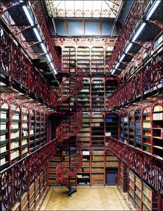 Library, The Hague, The Netherlands photo via myopera. Handelingenkamer Tweede Kamer Der Staten-Generaal Den Haag, the Hague, Netherlands Beautiful Library, Dream Library, Library Books, Future Library, College Library, Library Card, La Haye, Old Libraries, Bookstores