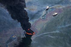 Daniel Beltrás Amazing Photos: See the BP Oil Spill Like Never Before Festival Photo, Bp Oil, Deepwater Horizon, Horror Photos, Festivals Around The World, Oil Industry, Oil Spill, Oil Rig, Expositions