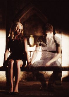 omg, this is sad!! he can't be dead! :( #Steroline
