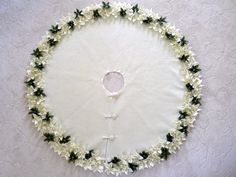 54 Christmas Tree Skirt in Premium Ivory felt with por SeamsClever