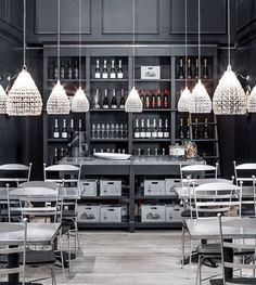 English Mood Kitchen by Minacciolo 2016 #englishmood  #minacciolo #interiors  #interiordesign #living #kitchen  #decorinterior #architecture #classic #shabbychic #elegance #details #shabby #chic #luxury #madeinitaly #furniture  #english #mood