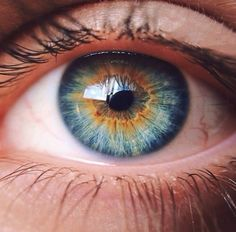 Image about beautiful in beauty by Blandine on We Heart It Beautiful Eyes Color, Pretty Eyes, Cool Eyes, Rare Eyes, Eye Close Up, Eyes Artwork, Eye Pictures, Photos Of Eyes, Aesthetic Eyes