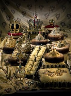 "ladyinredcoat: ""Imperial Russia's all regalia in The Diamond Fund, Kremlin, Moscow. """