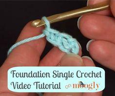 Μάθετε πώς να #crochet το Ίδρυμα Ενιαία πλέκω (FSC) - τόσο πολύ ευκολότερη από ό, τι βελονάκι σε αλυσίδα!  Βίντεο φροντιστήριο από Mooglyblog.com