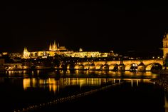 Prager Burg and the Karlsbridge @ night - A wonderfull night in Prag with a great view and beautiful lights, even very nice reflection in the river City Architecture, Beautiful Lights, Great View, Travel Photos, Paris Skyline, Cathedral, Tourism, Dolores Park, River