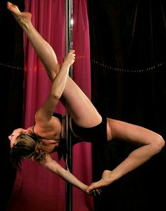 Pole Dance Moves, Pole Dancing, Ballet Barre, Ballet Dancers, Pole Fitness, Zumba Fitness, Pole Tricks, Pole Art, Boot Camp Workout