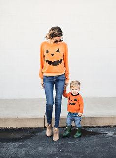 Loving these matching jack-o-lantern sweatshirts! Cute for Halloween!