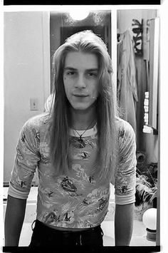 A Young Randy Rhoads....
