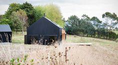 http://redarchitecture.co.nz/project/modern-barn-form