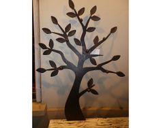 diy : un pot en terre rempli de béton, de grandes branches d ... - Fabriquer Un Porte Manteau En Forme D Arbre