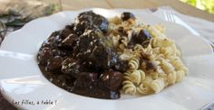 IMG_1794 Ethnic Recipes, Food, Beef Bourguignon, Kitchens, Recipes, Meal, Hoods, Eten, Meals