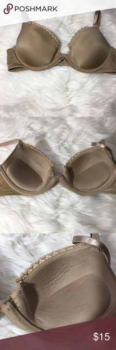 Calvin Klein Uplift Bra 34B Good condition minor pilling  -I do not accept offers in the comments so please make all reasonable offers using the offer button only. :)  -NO TRADES  -NO HOLDS 🚫 -I ship every Tuesday and Thursday  Your purchase is going to help me graduate community college with as little debt as possible. Thank you! Calvin Klein Intimates & Sleepwear Bras