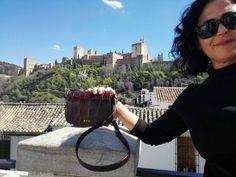 Juani Gil con su bandolera Alicante, este finde por Granada. Gracias por la foto.