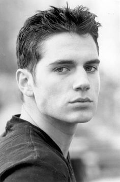Henry Cavill - He would have been my first choice as Stephenie Meyer did. She once said that Henry Cavill was her dream choice; Young Henry Cavill, Young Henrys, Henry Williams, Portraits, Clark Kent, Man Of Steel, Christian Grey, British Actors, Male Face