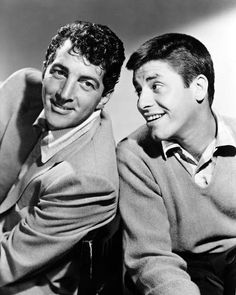 Dean Martin & Jerry Lewis: 30 Fascinating Photographs Capture Funny Moments of the Comedy Duo in the and Jerry Lewis, Lee Lewis, Dean Martin, Hollywood Stars, Classic Hollywood, Old Hollywood, Hollywood Pictures, Paramount Pictures, Money Songs