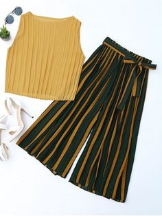Pleated Top With Color Block Striped Gaucho Pants - Yellow One Size Dresses Kids Girl, Kids Outfits, Summer Outfits, Cute Outfits, Fashion Kids, Trendy Fashion, Fashion Outfits, Fashion Weeks, Paris Fashion