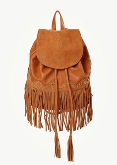 Cool look. Leather Backpack, Diy Backpack, Backpack Online, Drawstring Backpack, Estilo Hippie, Hippie Chic, Boho Fashion, Fringes, Shoes