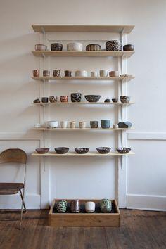 ricochet:  (via Ceramic stand at Exilo «Pilar Wiley Ceramics)