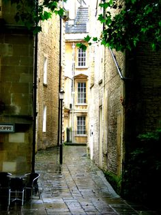 ysvoice: ♕ | Backstreet alley in Bath, UK | (via enchantedengland) — FUCKITANDMOVETOBRITAIN