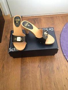 Dr Scholl Originals Dr Scholl, High Hells, Wooden Sandals, Stocking Tights, Women's Feet, Girls Shoes, Birkenstock, Originals, Heeled Mules