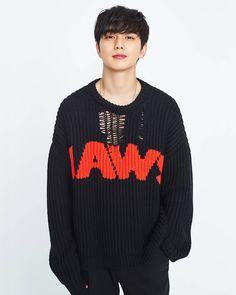 Cute Asian Guys, Asian Boys, Asian Men, Yoo Seung Ho, Drama Korea, Korean Drama, Kwak Dong Yeon, Handsome Korean Actors, Kdrama Actors