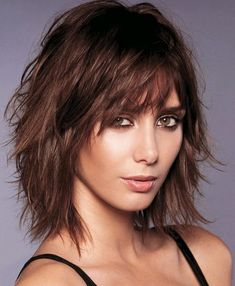 53 Popular Medium Length Hairstyles With Bangs in 2019 53 Popular Medium Length Hairstyles With Bangs in 2019 Medium Hair Cuts, Short Hair Cuts, Medium Hair Styles, Curly Hair Styles, Haircut For Thick Hair, Wavy Hair, Mid Length Hair, Layered Hair, Hairstyles With Bangs