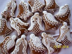 Certifikovaný produkt - Kvalita Hlinecka Christmas Sugar Cookies, Christmas Gingerbread, Holiday Cookies, Gingerbread Cookies, Iced Biscuits, Cookie Company, Christmas Cooking, Cupcake Cookies, Cookie Decorating