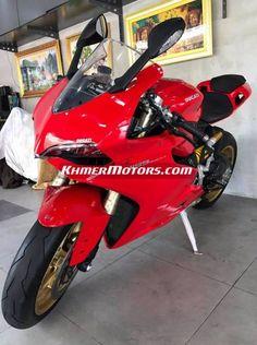 Ducati 1199 ABS ឆ្នាំ 2013