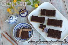 """#BomDia! É uma opção perfeita para o café da manhã esta delicia de """"barrinha"""", Bolo Funcional de Banana com Chocolate!  #Receita aqui: http://www.gulosoesaudavel.com.br/2014/05/23/bolo-funcional-de-banana-com-chocolate/"""