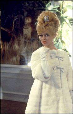 Beautiful Brigitte - love the coat too!