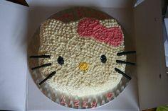 Hello Kitty party cake