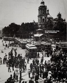 Tranvias en el Zocalo 1911