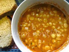 Chickpeas with macaroni How To Cook Pasta, Chana Masala, Pasta Recipes, Macaroni, Cooking, Ethnic Recipes, Chickpeas, Food, Macaroni Pasta