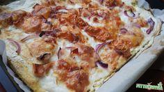 szénhidrátmentes kenyérlángos Hawaiian Pizza, Cauliflower, Low Carb, Cheese, Vegetables, Food, Low Carb Recipes, Head Of Cauliflower, Veggies