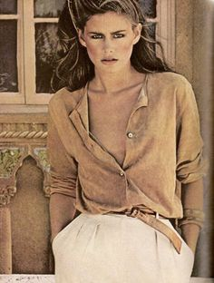 Julie Foster looking all earthy, chic, and sexy; 70's perfection.