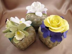 Deco Clay Art Gallery - Assorted Flowers